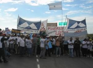 Se agudiza la crisis política de la burguesía, Crecen las perspectivas para la lucha del pueblo
