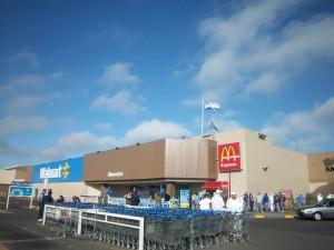 El paro fue total en Walmart Alto Avellaneda