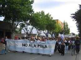 Ante la detención de los compañeros en CATAMARCA, la movilización del pueblo logró la liberación inmediata
