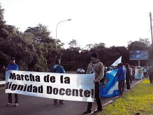 ¡Ahí tiene señora presidente! Mendoza, conflicto docente, derrota del gobierno de los monopolios