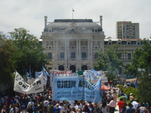 Jornada de movilizaciones y protestas en varias provincias