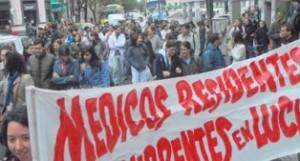 Rosario, Santa Fe: ¡Los médicos residentes de clínica médica dijeron basta!