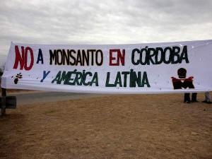 Bloqueo a la planta de Monsanto en Malvinas Argentinas (Córdoba)