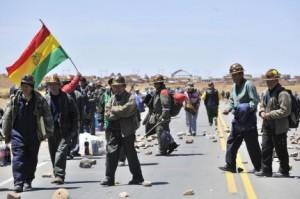 Bolivia: con lucha, movilización y masividad, las clases populares no le dan tregua a la oligarquía financiera