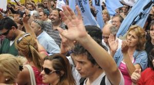 La democracia directa como precursora de la acción independiente de la clase obrera y el pueblo