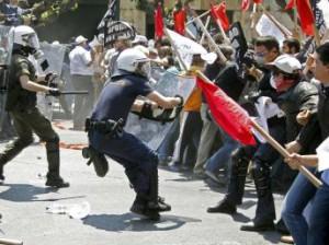 La lucha de las masas en Grecia y en España, profundizan la crisis de la oligarquía