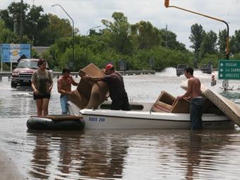 Inundaciones: organizar la ayuda junto a nuestro pueblo