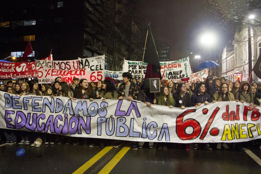 """Desde Uruguay: """"Esencial es la lucha"""""""