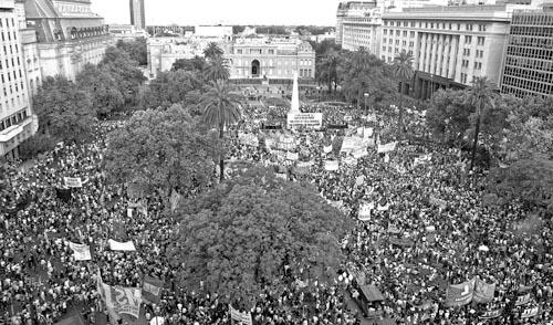 24 de Marzo: la movilización del pueblo le asestó un duro golpe a los planes de los monopolios