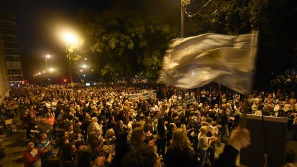 Masiva movilización en Rosario en defensa de la vida