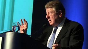 """Un tal Miguel Bein da """"cátedra"""" de democracia burguesa"""