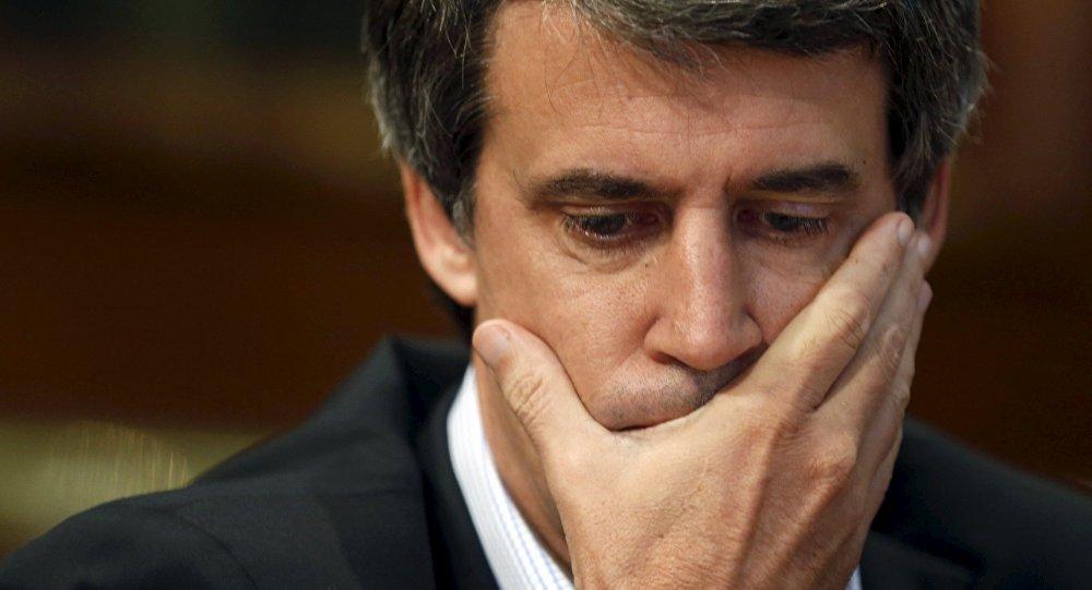 """El gabinete de CEO's """"existosos"""" se rompe por la lucha del pueblo"""