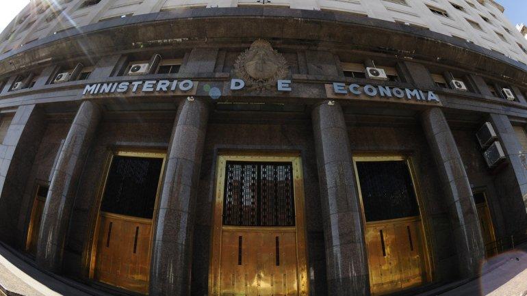 El déficit fiscal y la pobreza del pueblo son la base de los negocios de la burguesía