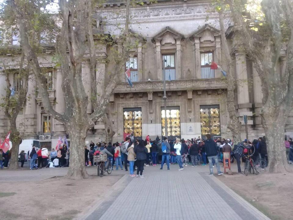 Rosario: la lucha de un barrio contra la injusticia, los desalojos y la represión