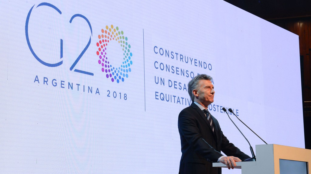 G20: debajo del brillo nacarado asoma el cartón piedra