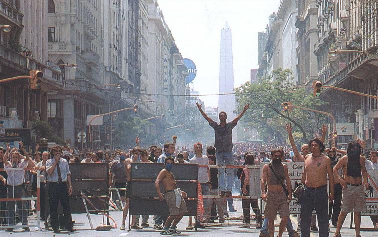 Diciembre de 2001: jornadas que marcaron a fuego la conciencia del pueblo