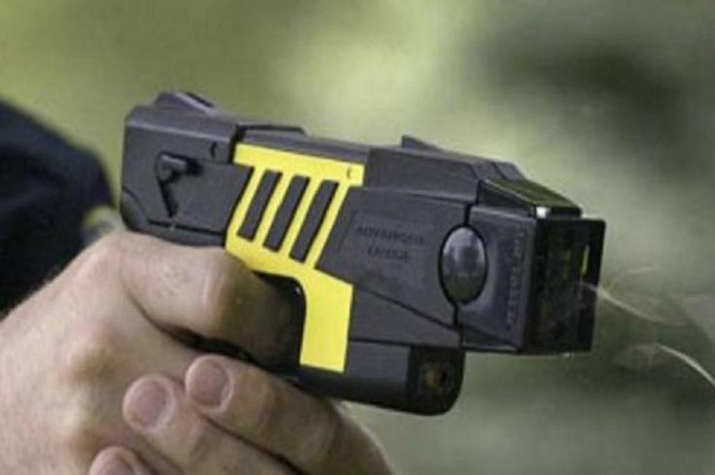 Las pistolas Taser… o las novedades para reprimir al pueblo