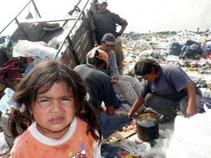 Pobreza, trabajo asalariado, y futuro de nuestro país