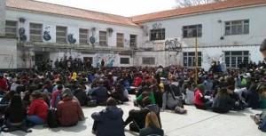 Asamblea en el ENAM Banfield