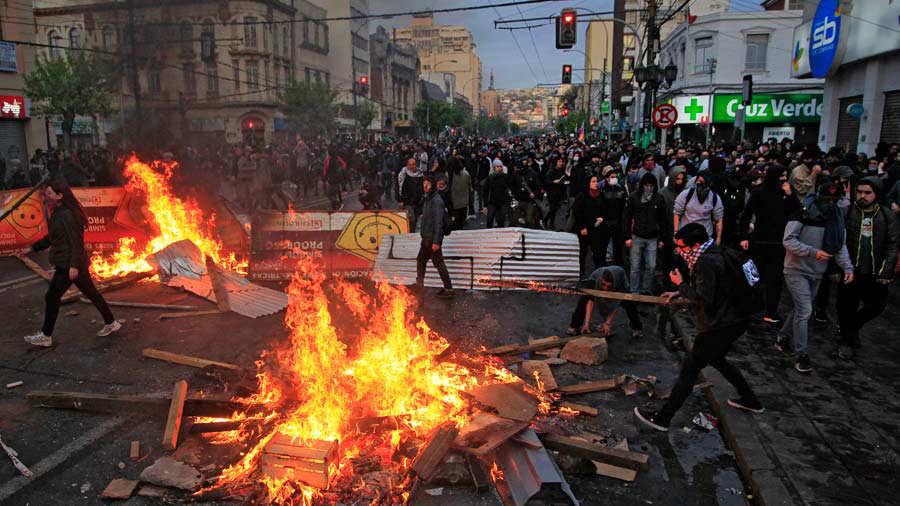Comunicado del PRT ante los sucesos en el vecino país: ¡¡¡VIVA CHILE!!!