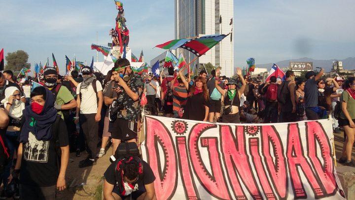 El auge de los pueblos rebeldes del mundo, anuncian el próximo auge en nuestro país
