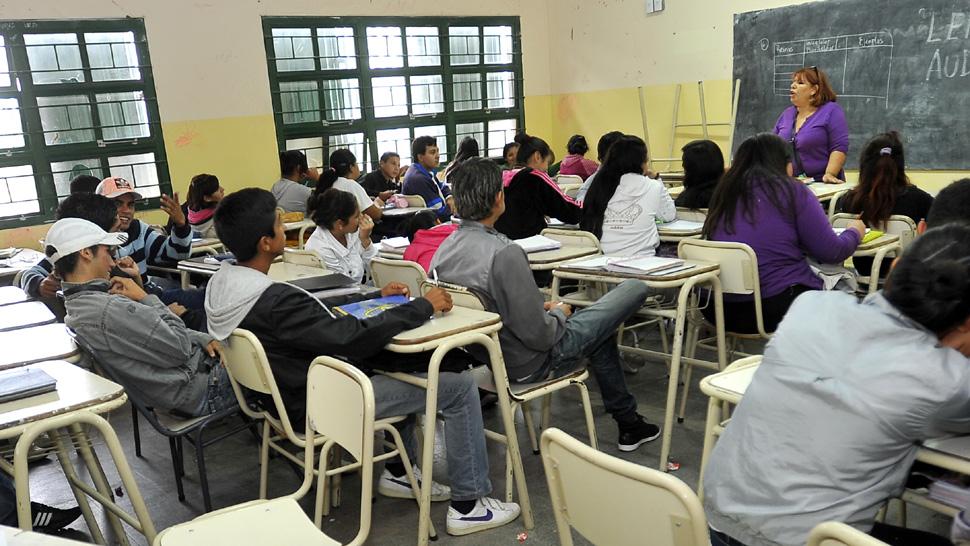 Escuelas secundarias en CABA: ajuste y flexibilización