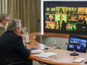 """Precisiones del presidente Fernández hablando de su capitalismo """"feliz"""""""