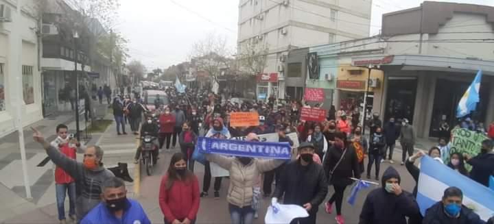 Gran movilización en Reconquista (Santa Fé) de la familia obrera en unidad con el pueblo